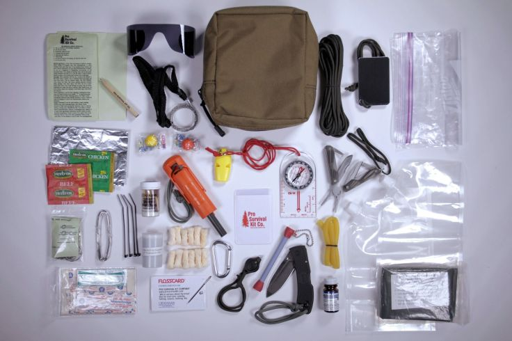 master-pro-survival-kit-contents-expanded